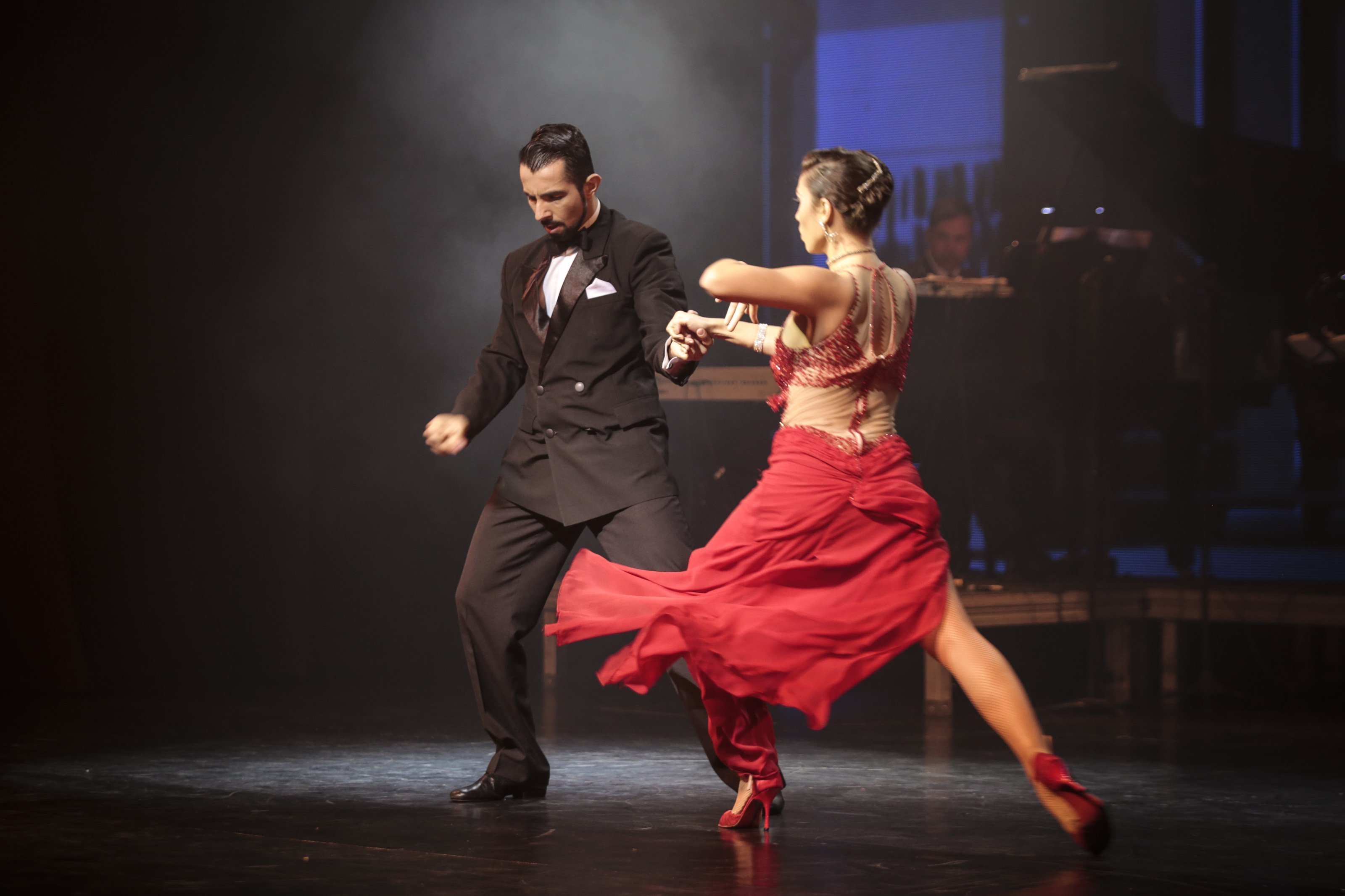 Salsa and Tango Differences That Only Few People Know