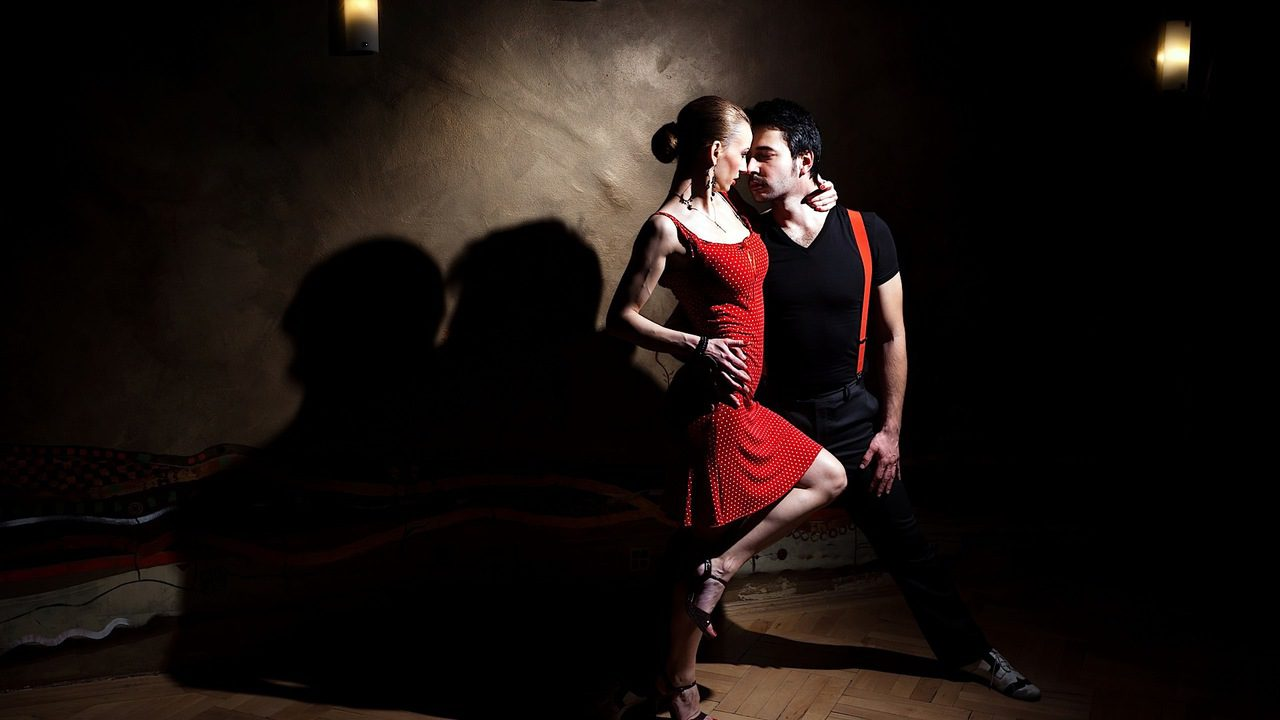 The Informality of Salsa Dance in Modern Times